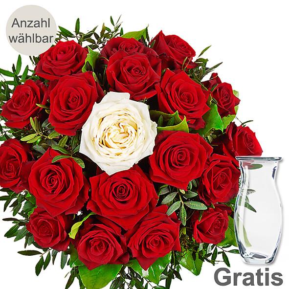 Rosenstrauß mit Vase