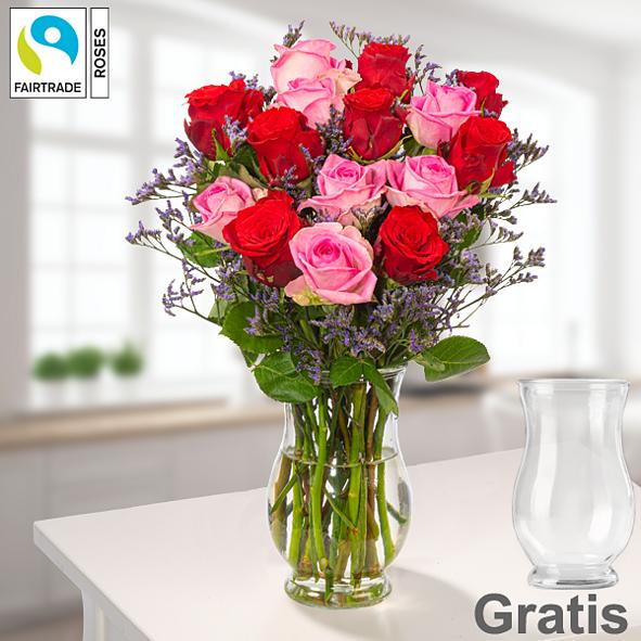 15 Fairtrade Rosen im Bund mit Limonium mit Vase