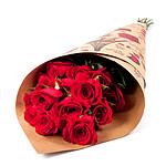13 rote Rosen im Bund