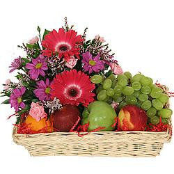 Früchte- und Blumenkorb