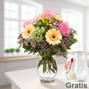Blumenstrauß Ballade mit Vase & Ferrero Raffaello