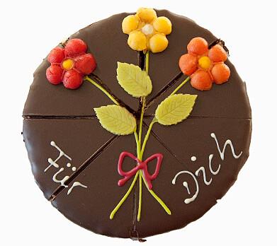 """German Pyramid Cake """"Für Dich"""""""