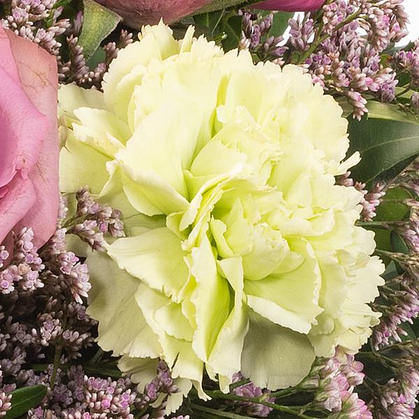 Blumenstrauß Frühlingshimmel mit Vase & Ferrero Raffaello