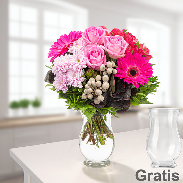 Blumenstrauß Ambiente mit Vase