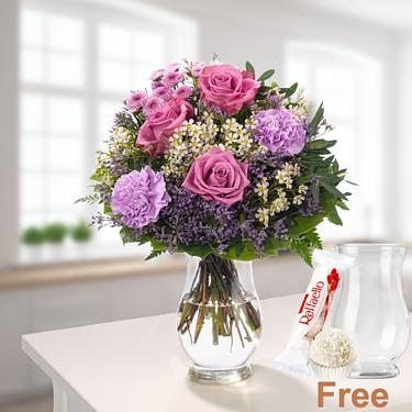 Flower Bouquet Herbstlust with vase & Ferrero Raffaello