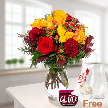 Flower Bouquet Blütengold with vase & Ferrero Raffaello & GLÜCK Jam Raspberry