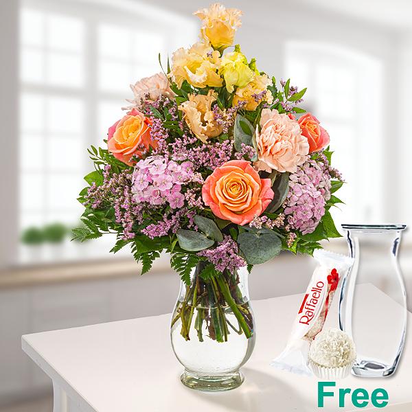 Flower Bouquet Sommerlicht with vase & Ferrero Raffaello