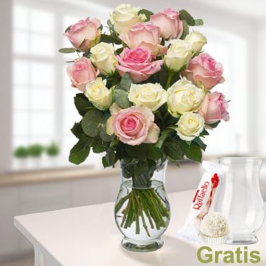 16 zarte Rosen mit Vase & Ferrero Raffaello
