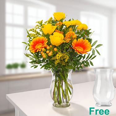 Meadow Bouquet Blumenfreude with vase