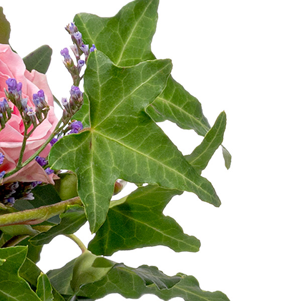 Blumenarrangement Rosenglück mit Ferrero Raffaello