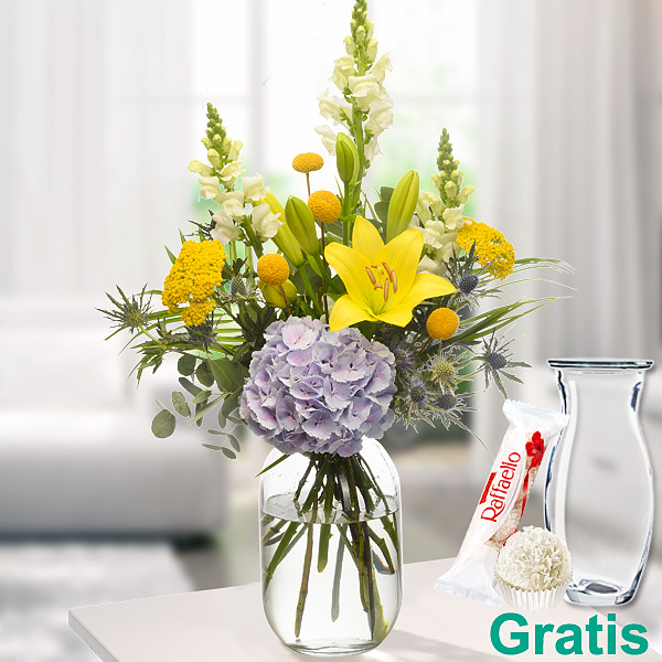 Wiesenstrauß Sonnengruß mit Vase & Ferrero Raffaello