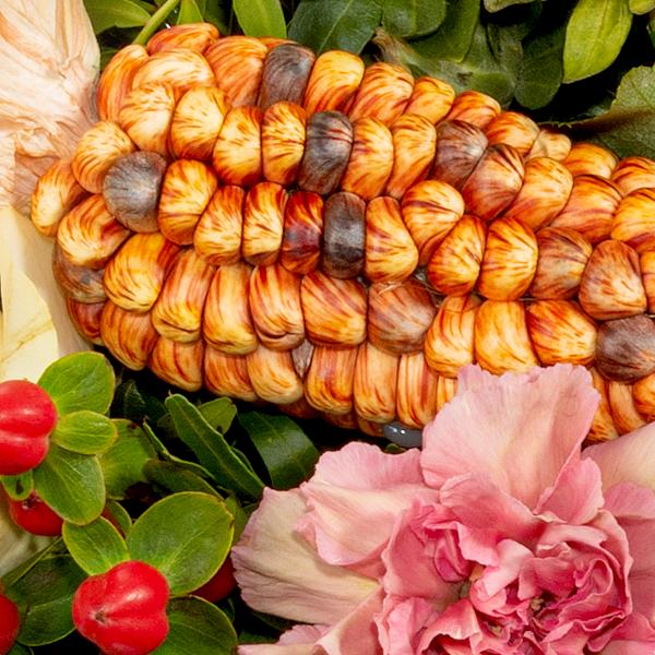 Blumenstrauß Landliebe mit Vase & Ferrero Raffaello