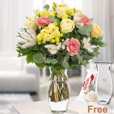 Flower Bouquet Herbstkind with vase & Ferrero Raffaello