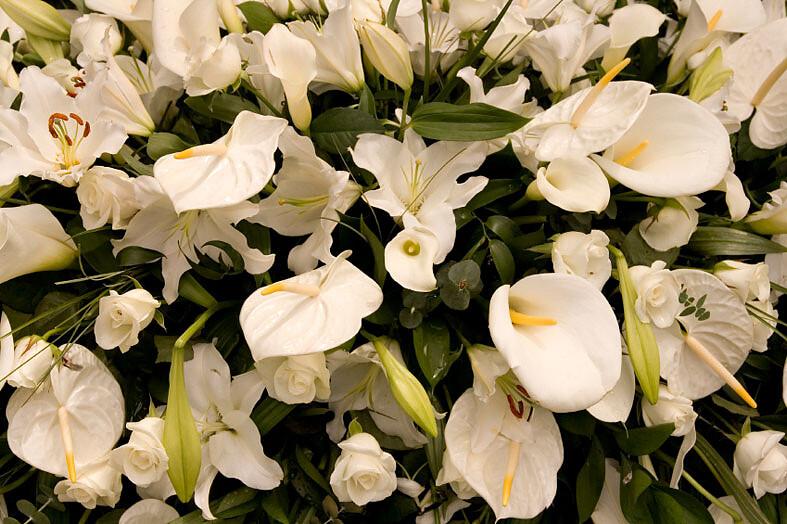 Blumengestecke für den Trauerfall
