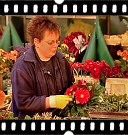3. Liebevoll handgebundener Blumenstrauß