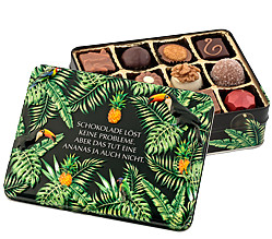 "Gift box ""Chocolate solves..."""