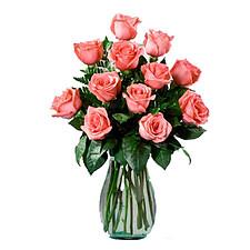 12 pinke Rosen im Strauß