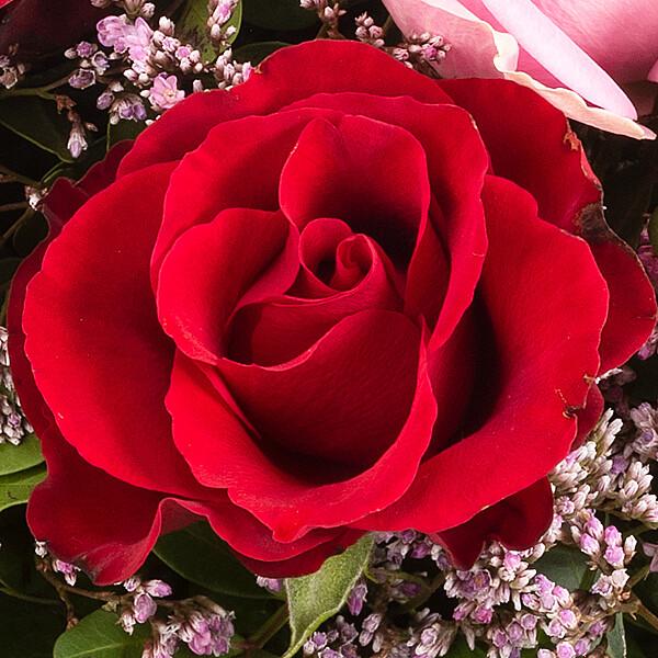 Rose Bouquet Harmony with vase & Ferrero Raffaello